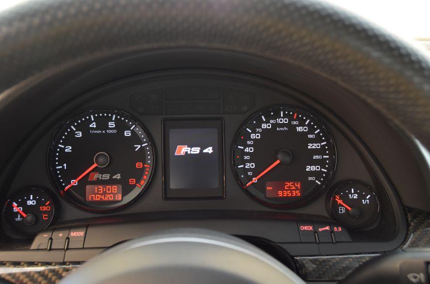AUDI RS4 4.2 TFSI